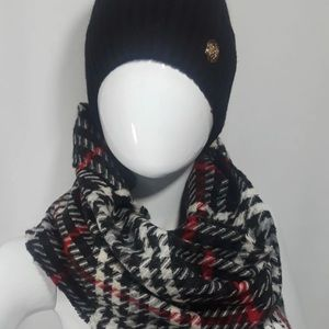 Brand New Vince Camuto Hat and Scarf Set